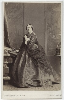 Eleanora ('Ellen') Kean (née Tree), by Southwell Brothers, published by  A. Marion, Son & Co - NPG x18968