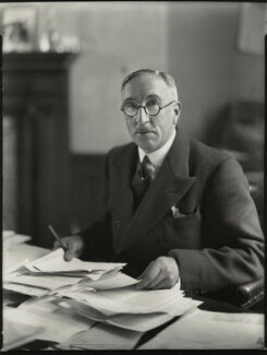 Sir Edward Taswell Campbell, 1st Bt, by Bassano Ltd - NPG x151436