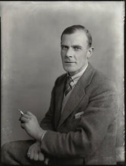Frank Herbert Onslow, by Bassano Ltd - NPG x151537