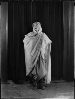 Lady Isobel Blunt-Mackenzie (later Lady Isobel Linda), by Bassano Ltd - NPG x151634