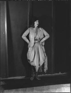 Lady Isobel Blunt-Mackenzie (later Lady Isobel Linda), by Bassano Ltd - NPG x151637