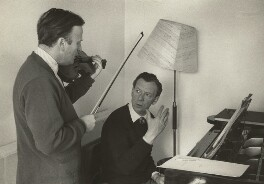 Yehudi Menuhin and (Edward) Benjamin Britten, by Kurt Hutton (Kurt Hubschman) - NPG x15235