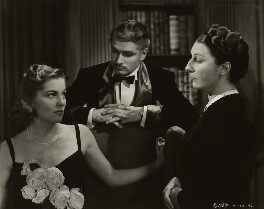 Joan Fontaine, Laurence Olivier and Dame Judith Anderson, by Unknown photographer - NPG x45137