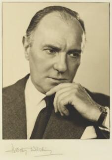 Sir Ralph Richardson, by Dorothy Wilding - NPG x34011