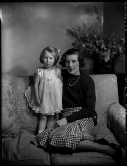 Lady Elizabeth Grenfell with her daughter, by Bassano Ltd - NPG x151849