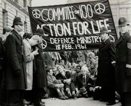 Anti-nuclear demonstrators including Michael Randle, Michael Scott; Bertrand Russell and Hugh MacDiarmid, by Ida Kar, 18 February 1961 - NPG x129580 - © National Portrait Gallery, London