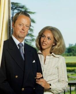 John George Vanderbilt Spencer-Churchill, 11th Duke of Marlborough and Rosita Spencer-Churchill, Duchess of Marlborough, by Bern Schwartz - NPG P1205