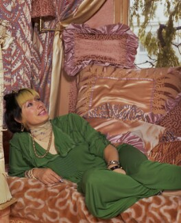 Zandra Rhodes, by Bernard Lee ('Bern') Schwartz, 23 June 1977 - NPG P1241 - © National Portrait Gallery, London