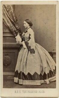 Princess Alice, Grand Duchess of Hesse, by John Jabez Edwin Mayall, February 1861 - NPG x26116 - © National Portrait Gallery, London