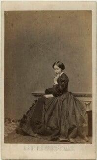 Princess Alice, Grand Duchess of Hesse, by John Jabez Edwin Mayall, 1860 - NPG x26113 - © National Portrait Gallery, London