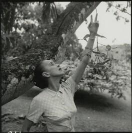 Martha Graham, by Francis Goodman - NPG x131058