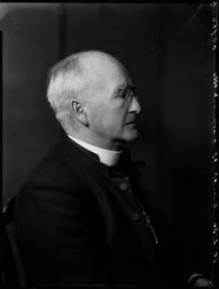 St John Basil Wynne Willson, by Bassano Ltd - NPG x152087