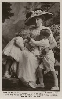 Ena, Queen of Spain with Infantas Beatriz and María Cristina and Infante Alfonso, by Frank Arthur Swaine, published by  Rotary Photographic Co Ltd - NPG x74460