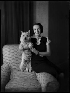 Maisie Esther (née Bigsby), Lady Nugent with her dog, by Bassano Ltd, 6 July 1936 - NPG  - © National Portrait Gallery, London