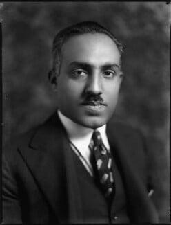 Sir Sadiq Muhammad Khan Abbasi V, Nawab of Bahawalpur, by Bassano Ltd - NPG x152443