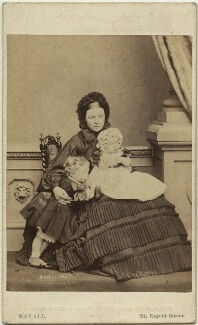 Victoria, Empress of Germany and Queen of Prussia with her two eldest children, by John Jabez Edwin Mayall, July 1861 - NPG x131290 - © National Portrait Gallery, London