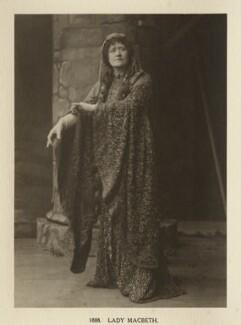 Ellen Terry as Lady Macbeth in 'Macbeth', by Window & Grove, 1888, published 1906 - NPG Ax131311 - © National Portrait Gallery, London