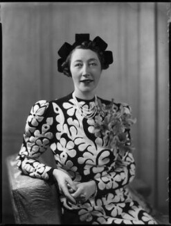 Gladys (née Hardy), Lady Garthwaite, by Bassano Ltd - NPG x152581