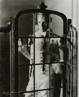 Leslie Howard in 'The Scarlet Pimpernel', by Tunbridge - NPG x27872