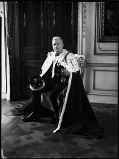 Rupert Edward Cecil Lee Guinness, 2nd Earl of Iveagh, by Bassano Ltd, 11 May 1937 - NPG x152820 - © National Portrait Gallery, London