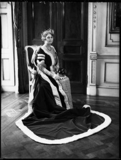 Gwendolen Florence Mary Guinness (née Onslow), Countess of Iveagh, by Bassano Ltd - NPG x152825