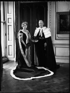 Gwendolen Florence Mary Guinness (née Onslow), Countess of Iveagh; Rupert Edward Cecil Lee Guinness, 2nd Earl of Iveagh, by Bassano Ltd, 11 May 1937 - NPG x152829 - © National Portrait Gallery, London