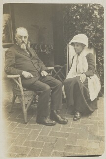 Sidney James Webb, Baron Passfield; Beatrice Webb, by Unknown photographer, 1922 - NPG P1292(17) - © National Portrait Gallery, London