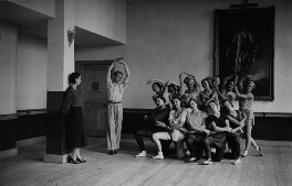 Ninette De Valois, Harold Turner and members of The English Ballet rehearsing Les Sylphides, by James Jarché, 5 September 1932 - NPG x88326 - © Mirrorpix