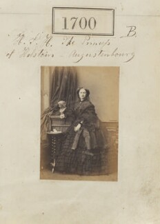 Princess Adelheid of Hohenlohe-Langenburg, by Camille Silvy, 22 November 1860 - NPG Ax51093 - © National Portrait Gallery, London