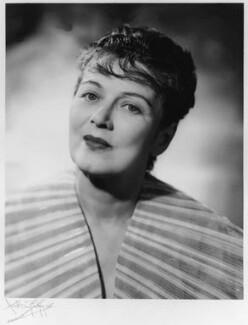 Mary Ellis, by Anthony Buckley, 1953 - NPG x76050 - © estate of Kenneth Hughes / National Portrait Gallery, London