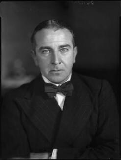 Sir William Percival Hildred, by Bassano Ltd - NPG x153363