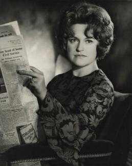 Susanne Puddefoot, by Madame Yevonde - NPG x26368
