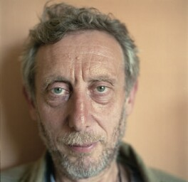 Michael Rosen, by Madeleine Waller, 8 June 2006 - NPG  - © Madeleine Waller / National Portrait Gallery, London