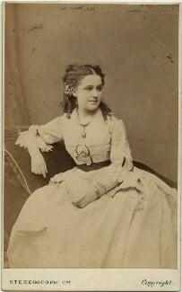 Patti Josephs (Mrs J.H. Fitzpatrick), by London Stereoscopic & Photographic Company, 1860s - NPG x18959 - © National Portrait Gallery, London