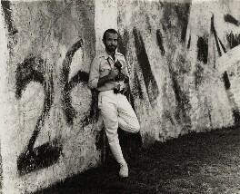 Alberto Korda (Alberto Díaz Gutiérrez), by Ida Kar, 1964 - NPG x132302 - © National Portrait Gallery, London