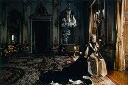 Queen Elizabeth II, by Annie Leibovitz - NPG P1315