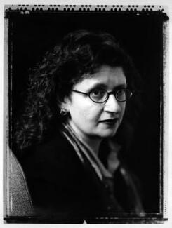 Sandra Davies, by Jillian Edelstein - NPG x88425