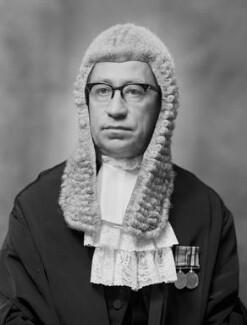 Sir William Walter Stabb, by Bassano Ltd - NPG x177096