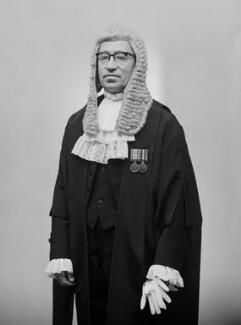 Sir William Walter Stabb, by Bassano Ltd - NPG x177101