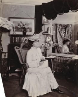Alice Muriel Williamson, by Frederic G. Hodsoll - NPG Ax25181