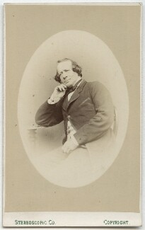 Samuel Phelps, by London Stereoscopic & Photographic Company - NPG Ax28542