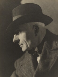 Starr Wood, by Howard Coster - NPG Ax3477