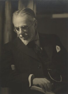 Laurence Housman, by Howard Coster - NPG Ax3512