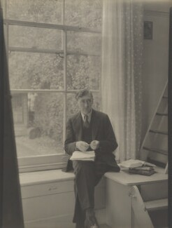 Herbert Read, by Howard Coster - NPG Ax3520