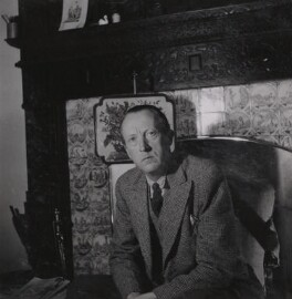 Sir Sacheverell Sitwell, 6th Bt, by Francis Goodman, December 1951 - NPG Ax39597 - © National Portrait Gallery, London