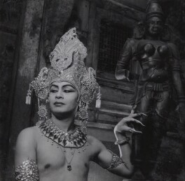 Pandit Ram Gopal, by Francis Goodman, circa 1946 - NPG Ax39655 - © National Portrait Gallery, London