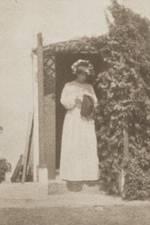 Sylvia Jocelyn Llewelyn Davies (née Du Maurier), by J.M. Barrie - NPG Ax45606