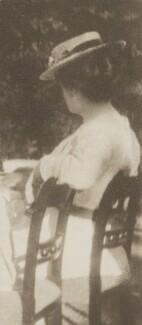 Sylvia Jocelyn Llewelyn Davies (née Du Maurier), by J.M. Barrie - NPG Ax45612
