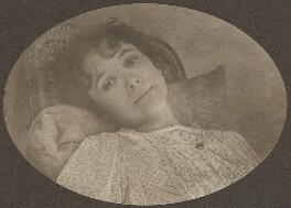 Sylvia Jocelyn Llewelyn Davies (née Du Maurier), by J.M. Barrie - NPG Ax45615