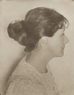 Sylvia Jocelyn Llewelyn Davies (née Du Maurier), by J.M. Barrie - NPG Ax45619